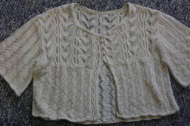lac_sweater